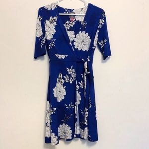 Vince Camuto Blue and White Floral Faux Wrap Dress